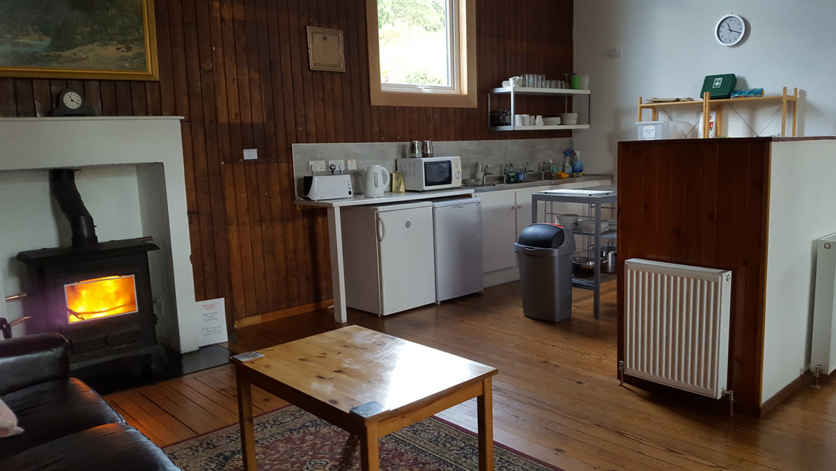 self catering with log burner at helmsdale hostel